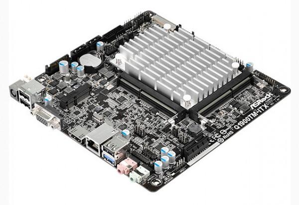 ASRock Q1900TM-ITX (1)