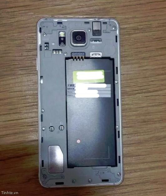 Samsung Galaxy S5 Alpha (5)