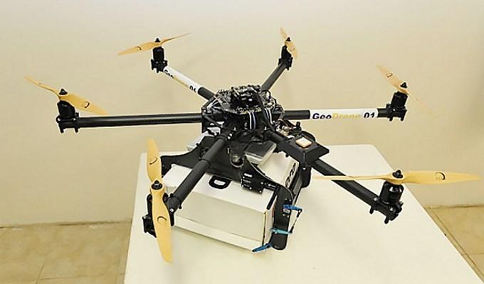 La policía de Reino Unido investigará los envíos realizados con drones a prisiones