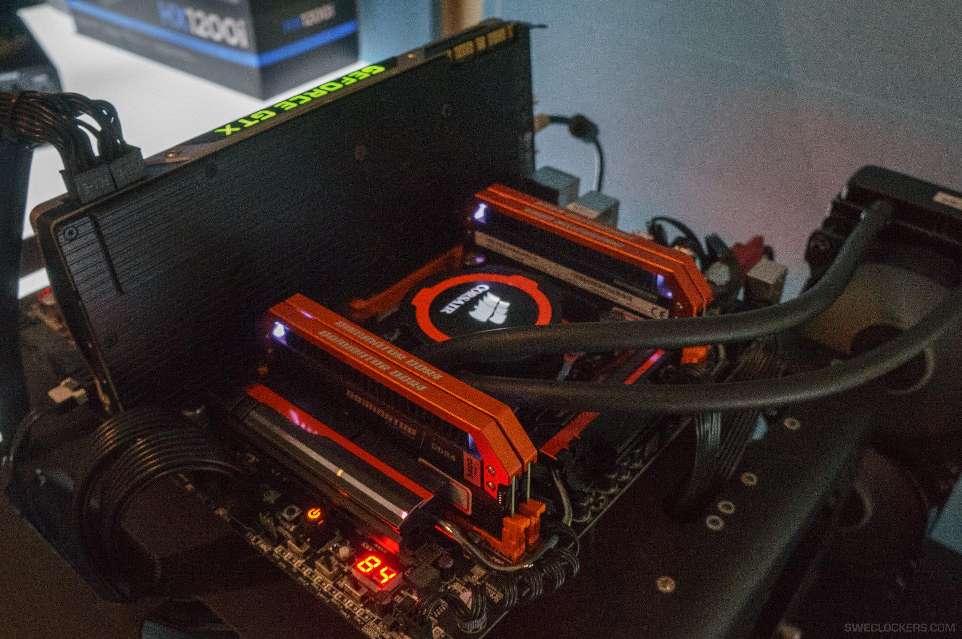 Corsair Dominator Platinum DDR4 + Gigabyte X99-SOC Champion