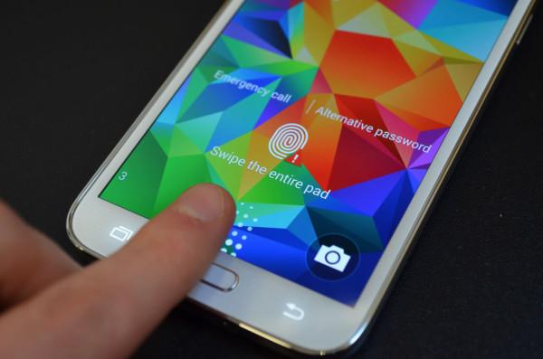 Galaxy S5 Sensor de huellas 600x397 0