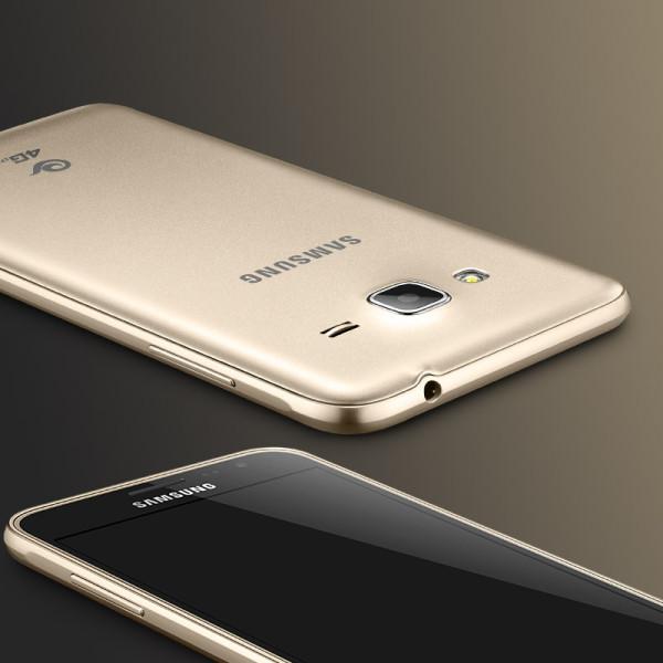 Samsung Galaxy j3(6)