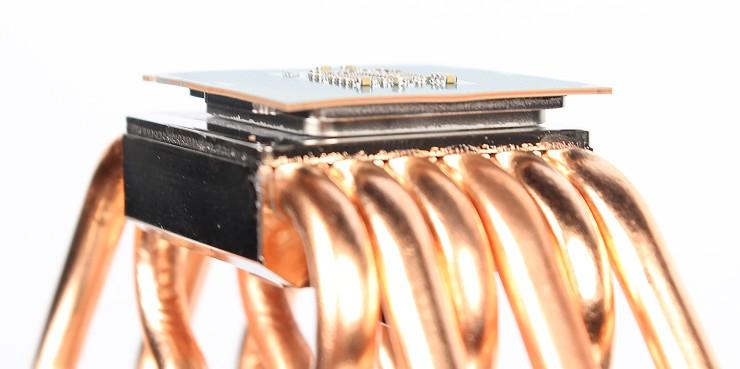 Disipador CPU dañando una CPU Intel LGA1151 Skylake