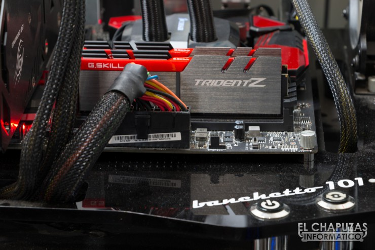 G.Skill TridentZ DDR4 09