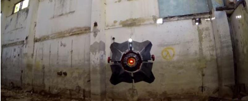 Crean un dron como el Escaner volador de Half-Life 2