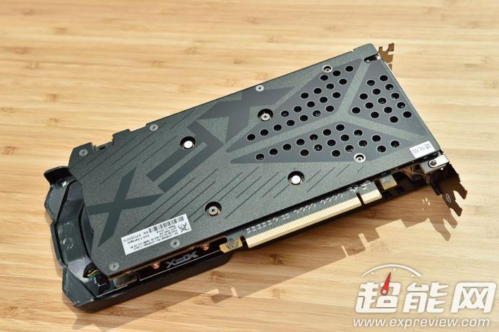 XFX Radeon RX 470 Double Dissipation 3 8