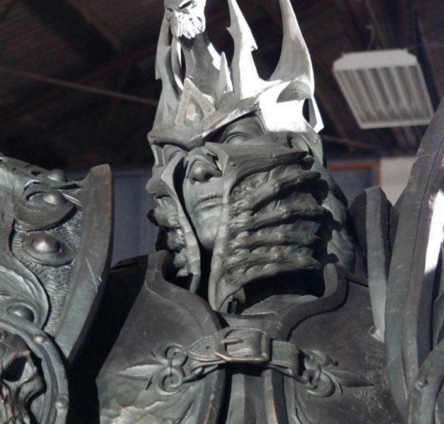 arthas-estatua-cabeza