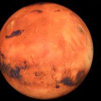 Descubren un lago de agua líquida en Marte