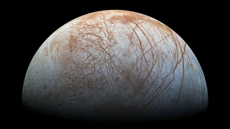 La NASA lo confirma: hay agua en la superficie de 'Europa', la luna de Júpiter