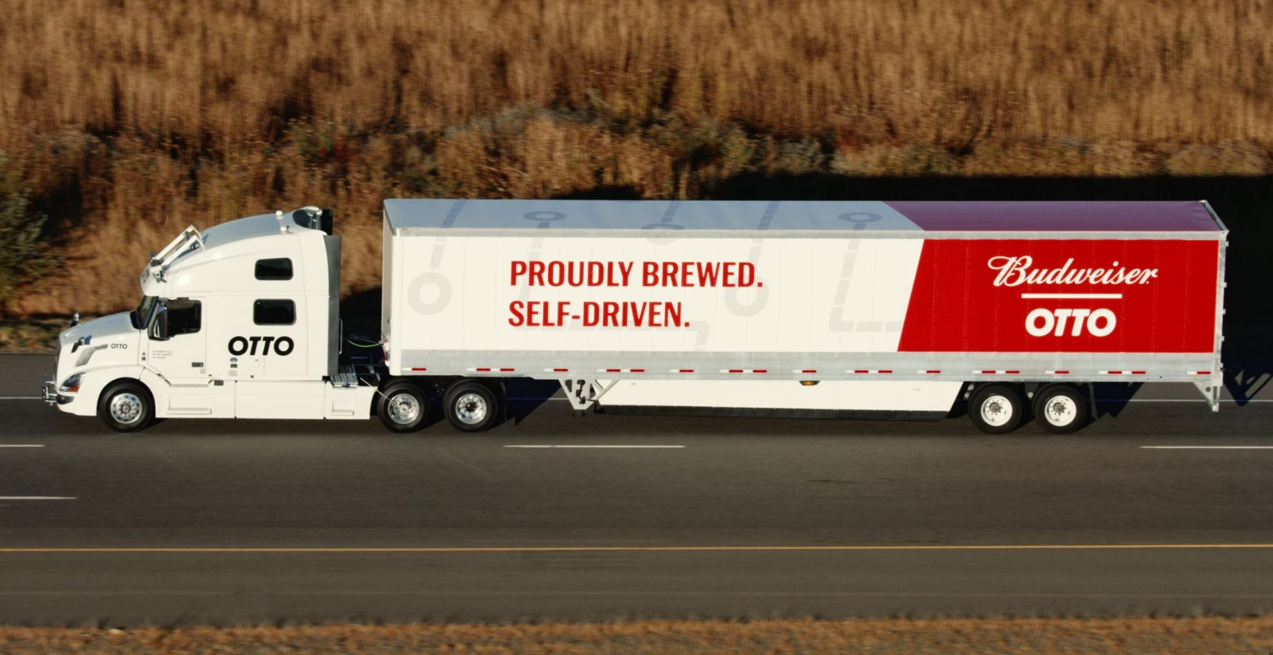 El camión autónomo de Uber entrega un pedido de Budweiser a 200 km de distancia