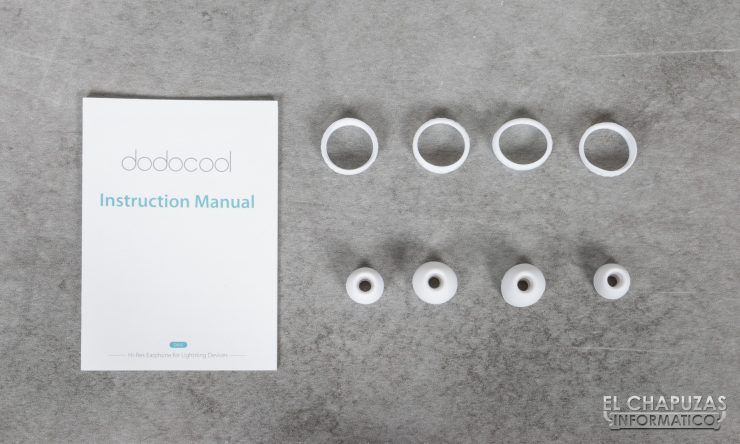 Dodocool Hi Res Lightning Earphones 04 740x444 5