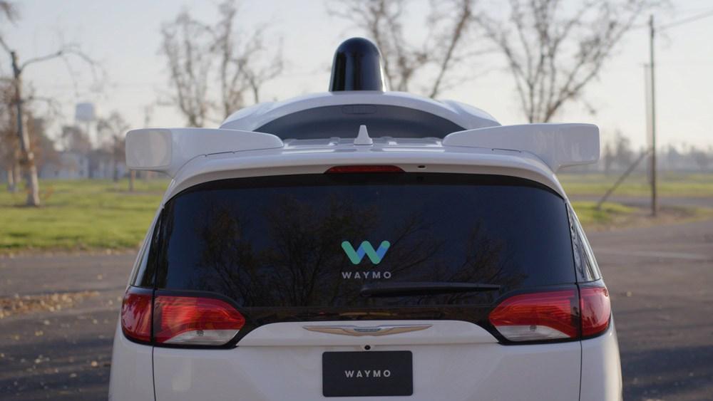 Los coches autónomos de Waymo ya han conducido casi 13 millones de kilómetros