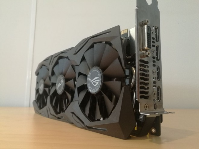 Asus Strix GeForce GTX 1080 Ti 5 3