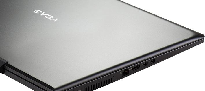 EVGA SC17 1070 G-SYNC: 17.3″ 4K @ 60 Hz junto a una GTX 1070