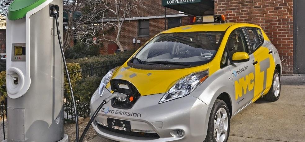 China reemplazará 70.000 taxis de gasolina por coches eléctricos