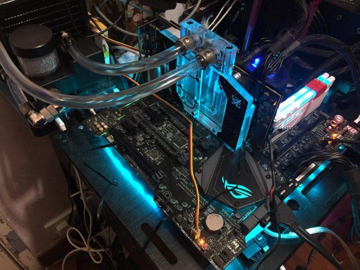 XFX Radeon RX 580 líquida 1 740x555 1