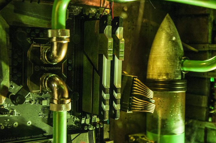 Helfaut Fabricado por Hardk 2 740x491 3