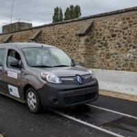 Qualcomm crea una carretera que carga los coches eléctricos de forma inalámbrica