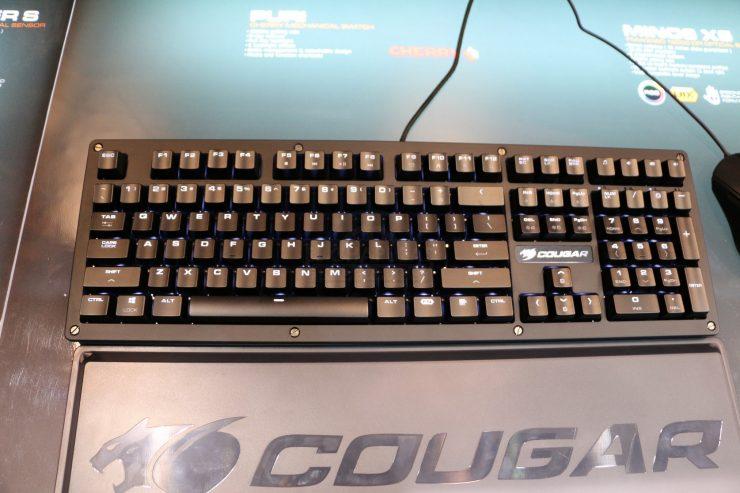 Cougar PURI 2 740x493 1