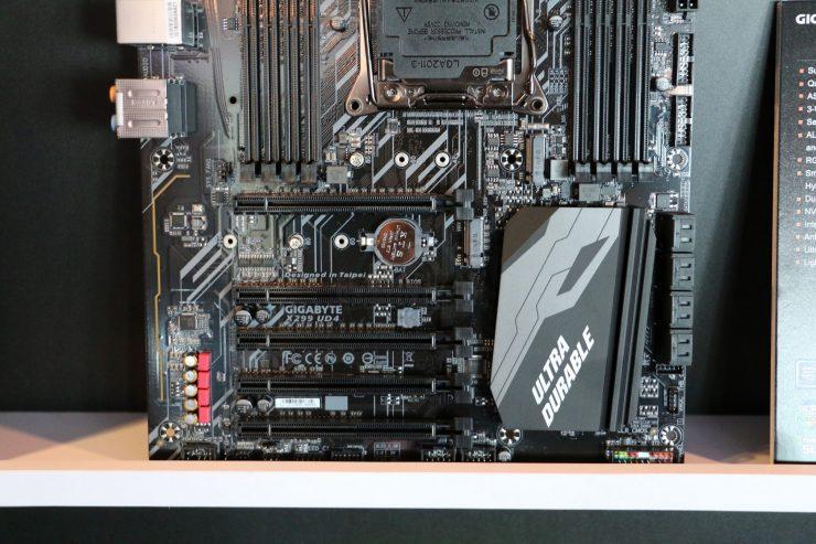Gigabyte X299 UD4 3 740x493 2