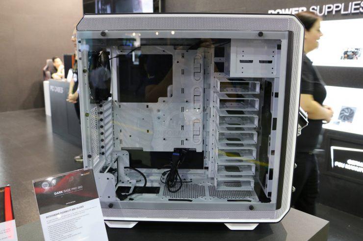 be Quiet Dark Base Pro 900 White Edition 3 740x493 2