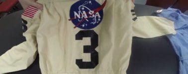 Dos universitarios encuentran seis trajes de la NASA en una tienda de baratijas