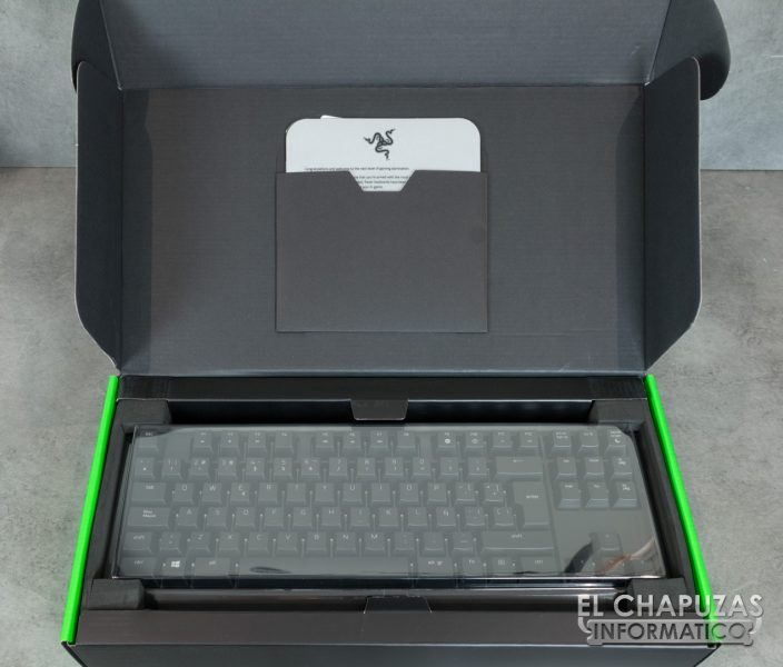 Razer Blackwidow Tournament Edition Chroma V2 03 704x600 2