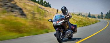 Honda presenta su Gold Wing 2018, la primera moto en equipar CarPlay