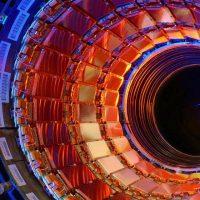 La fusión de quarks produce 8 veces más energía que la Fusión Nuclear