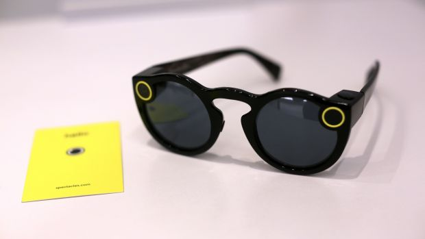 snap spectacles 2 0