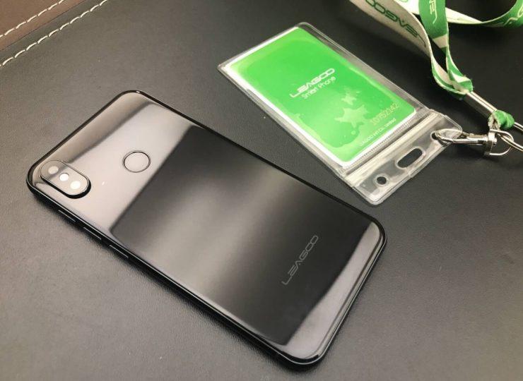Leagoo diseño iPhone X 2 740x540 1