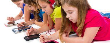 Francia prohíbe el uso de los smartphones en las escuelas