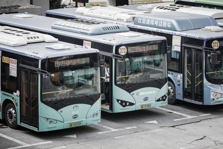 shenzhen autobuses eléctricos 740x493 0