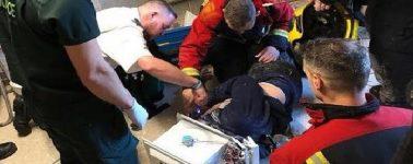 Un Youtuber sufre un accidente en vídeo tras incrustar su cabeza en cemento dentro de un microondas