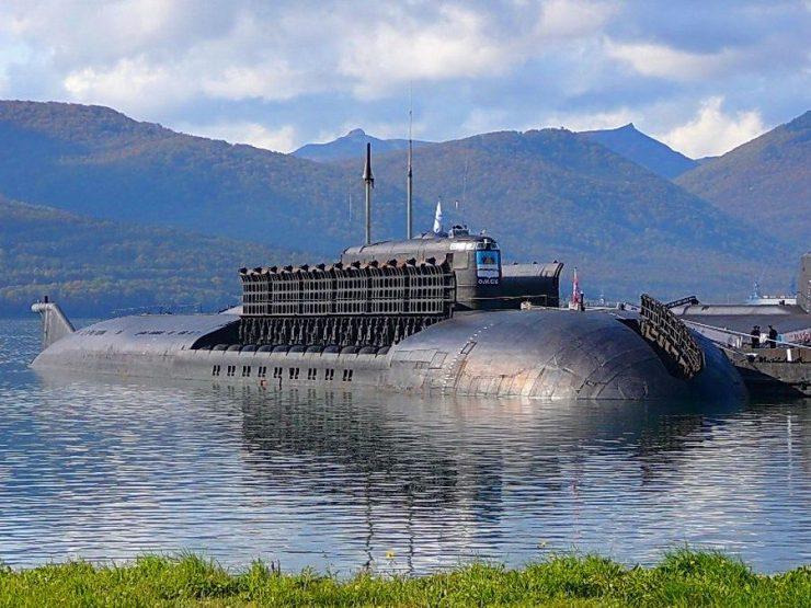 Submarino ruso Sarov B90 Kanyon 740x555 2