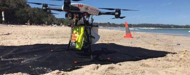 Un dron rescata a dos personas del mar en Australia