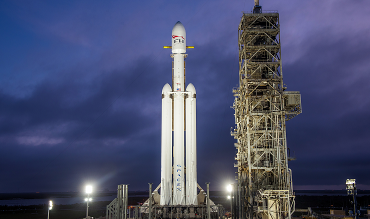 falcon heavy spacex 2 740x439 0