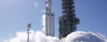 SpaceX finaliza con éxito el lanzamiento más difícil de su historia, aunque perdió el cohete central