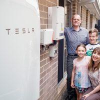 Tesla instalará sus baterías Powerwall en 50.000 hogares en Australia Meridional