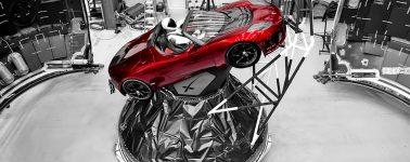 SpaceX muestra al 'piloto de pruebas' que acompañará mañana al Falcon Heavy