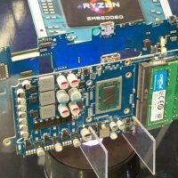 SMACH Z: La consola portátil española usará finalmente una APU AMD Ryzen Embedded V1605B