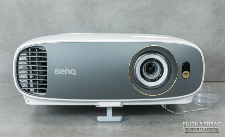 BenQ W1700 06 740x451 7