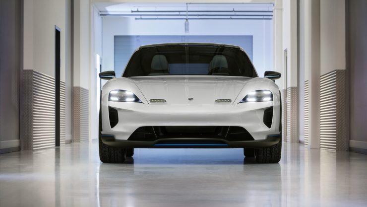 Porsche Mission E Cross Turismo 1 740x417 0
