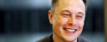 Elon Musk se burla de la SEC en Twitter tras su sanción