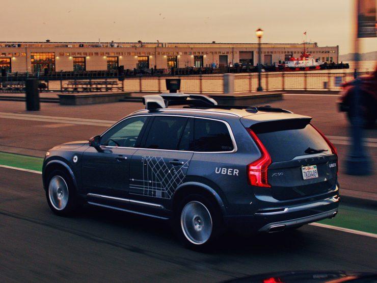 Vehículo autónomo de Volvo y Uber