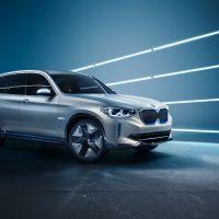 BMW ya tiene más de 500.000 vehículos eléctricos en las carreteras