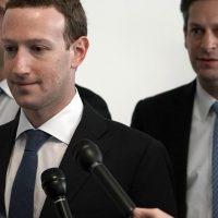 Segunda comparecencia de Mark Zuckerberg: «mis datos también estuvieron incluidos en el robo»