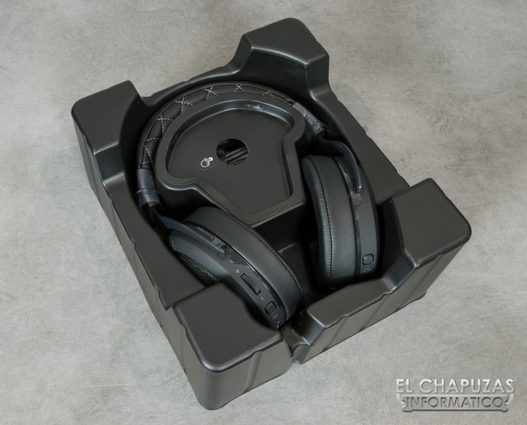 Corsair HS70 Wireless 03 740x597 6
