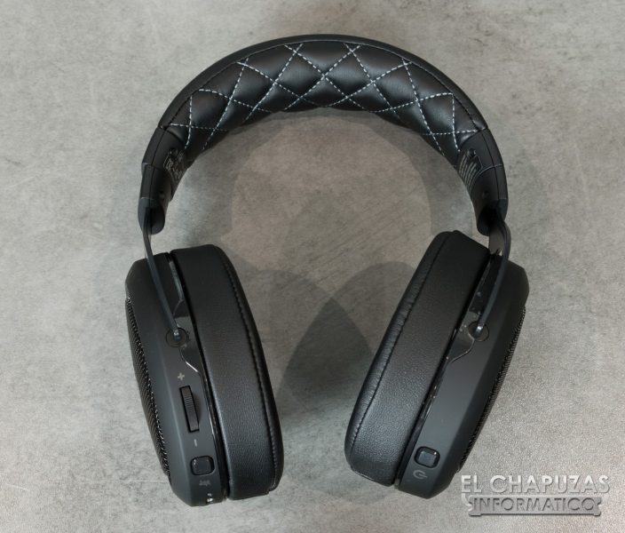 Corsair HS70 Wireless 07 704x600 10