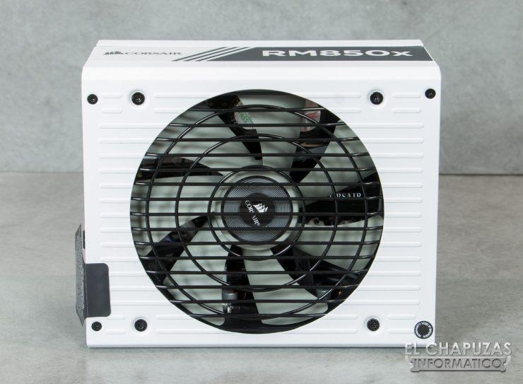 Corsair RMx White 13 740x543 16